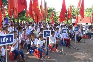 Học sinh vùng lũ Sơn La vui đón ngày khai trường