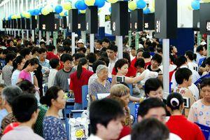 Dân châu Á vẫn lạc quan chi tiêu bất chấp căng thẳng thương mại toàn cầu