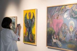 VCCA ra mắt sách nghệ thuật giới thiệu 62 họa sĩ đương đại Việt Nam