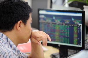 Không có đột biến về dòng tiền, VN-Index khó vượt xa mốc 1.000 điểm