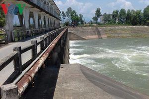 Người dân Đà Nẵng cầu cứu các thủy điện vì nước nhiễm mặn bất thường