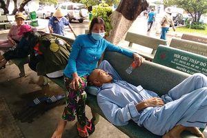 Khám bệnh từ lúc… nửa đêm: 'Chống ế' cho y tế cơ sở
