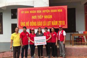 Trao quà cho các xã bị thiệt hại nặng do mưa lũ ở Thanh Hóa