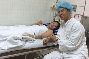 Nữ võ sĩ trẻ Việt Nam bị cưa chân: Nói cho em về ngày mai…