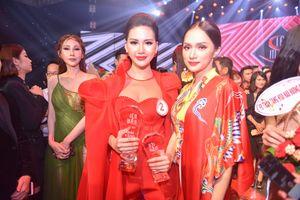 Hương Giang đánh bại Kỳ Duyên - giúp học trò đăng quang 'Siêu mẫu Việt Nam 2018'