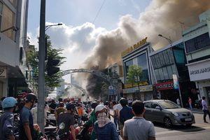 Cơ bản khống chế được vụ cháy quán bar ở TP Đà Nẵng