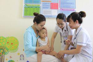 Sớm đưa vắc xin '5 trong 1' ComBE Five vào Chương trình tiêm chủng mở rộng