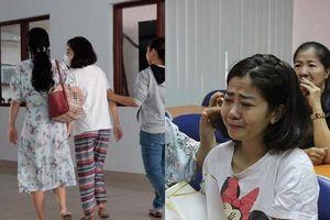 Ốc Thanh Vân nói về bệnh của Mai Phương: Chân trái đang teo lại, đau và di chuyển khó khăn