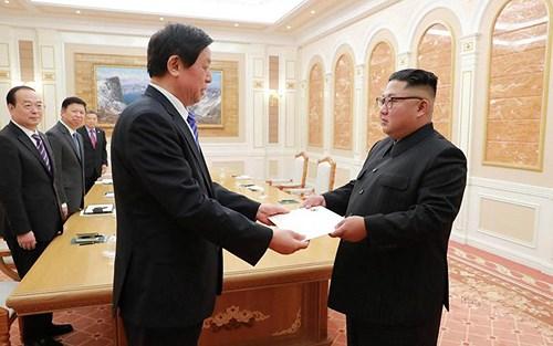 Ông Kim Jong-un tiếp Đặc phái viên Trung Quốc 2 ngày liên tiếp