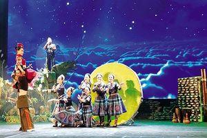 'Vợ chồng A Phủ' của Tô Hoài lên sân khấu Nhà hát Lớn