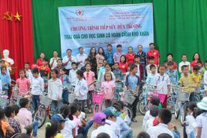 Tiếp sức đến trường cho học sinh vùng khó khăn Nghệ An