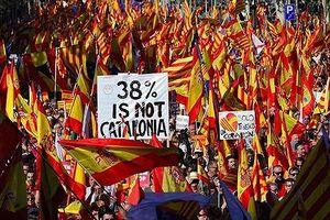 Hàng triệu người xuống đường ủng hộ Catalonia ly khai