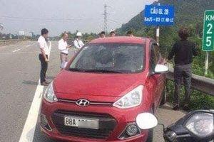 Nữ tài xế liều mạng lái ô tô ngược chiều trên cao tốc
