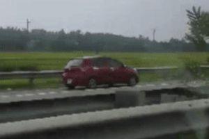 Nữ tài xế bị phạt 7 triệu khi lái xe ngược chiều trên cao tốc