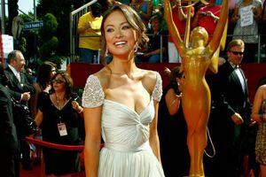 Những bộ đầm ấn tượng nhất thảm đỏ Emmy của mỹ nhân Hollywood
