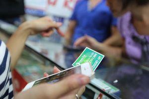 Thanh toán dịch vụ nội dung số: Lại 'mở cửa' cho thẻ cào