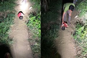 Cháu bé ngủ ngoài đường trong đêm tối khiến dân mạng xót xa: 'Bố mất, ở với bác ruột nghiện rượu'