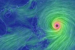 Tin bão mới nhất: Siêu bão MANGKHUT giật cấp 17 sẽ tàn phá khủng khiếp thế nào?