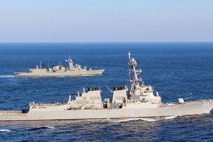 Đang 'nước sôi lửa bỏng', Mỹ điều thêm tàu khu trục đến Địa Trung Hải