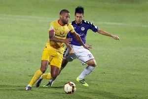 Nam Định loại tiền đạo Romario Kortzorg khi V.League vào giai đoạn nước rút