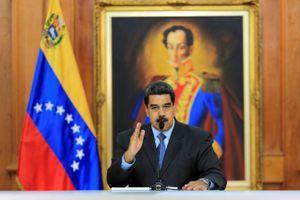 Tổng thống Venezuela cầu cứu Trung Quốc cho vay tiền