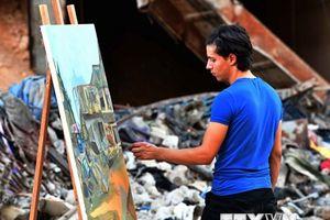 Họa sỹ Syria mang sắc màu rực rỡ đến trại tị nạn Yarmouk