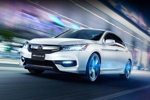 Top 10 ôtô ế khách nhất Việt Nam tháng 8/2018: Suzuki Vitara đầu bảng