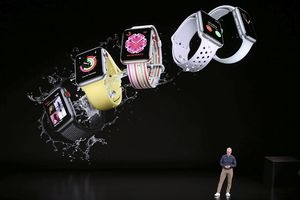 Apple Watch Series 4 ra mắt: Có thể đo điện tâm đồ giúp người dùng phát hiện đột quỵ sớm, giá từ 399 USD!