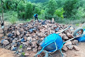 Kbang (Gia Lai): Kiểm tra, xử lý khai thác quặng sắt trái phép