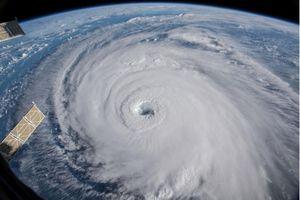 Nước Mỹ chuẩn bị đón siêu bão Florence