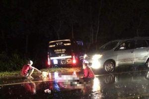 Xe khách Hoàng Gia tông xe máy, hai thanh niên tử nạn