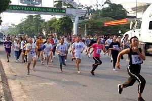 Huyện Ba Vì thi chung kết Giải chạy Báo Hànôịmới