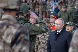 Tổng thống Nga Putin thị sát cuộc tập trận Vostok 2018