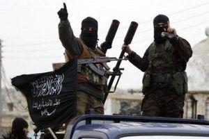 Phiến quân bất ngờ phát động cuộc tấn công tên lửa vào Aleppo