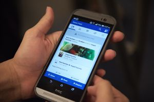 EU ra luật buộc Google, Facebook trả tiền bản quyền