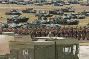 Trung Quốc chê tăng thiết giáp Nga lạc hậu?