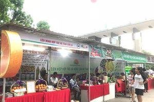 Bổ sung kinh phí tổ chức Hội chợ XTTM cho các hợp tác xã
