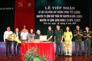 Quân đoàn 3 tiếp nhận kỷ vật của Thượng tướng Vũ Lăng