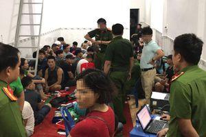 Trăm cảnh sát triệt phá sới bạc 'khủng' ở Sài Gòn