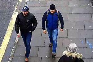 2 người Nga tình nghi đầu độc điệp viên Skripal nói chỉ sang Anh để du lịch