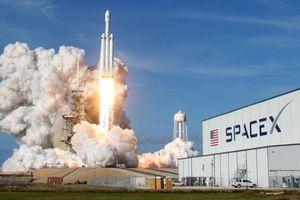 SpaceX sẽ tiết lộ danh tính hành khách bay lên mặt trăng vào tuần tới