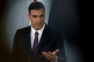 Thủ tướng Tây Ban Nha 'khốn đốn' vì nghi án đạo văn