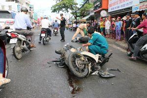 Xe tải tông liên hoàn 8 xe máy, 11 người cấp cứu
