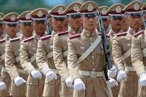 Thái Lan: Cảnh sát ngừng tuyển dụng nữ giới