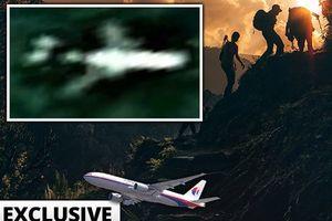 Đội tìm kiếm MH370 bất ngờ quyết định tiến vào rừng rậm Campuchia