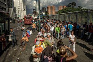 Hé lộ kế hoạch đảo chính Mỹ bàn với sỹ quan Venezuela