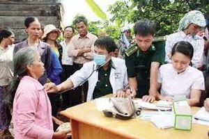 Tiếp tục tăng cường kết hợp quân dân y trong chăm sóc, bảo vệ sức khỏe nhân dân