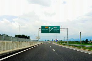 Cao tốc Đà Nẵng - Quảng Ngãi: Đón 23.000 lượt phương tiện thông qua