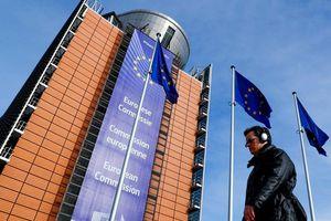 EU vội vã đẩy Iran ra khỏi thế trừng phạt khốc liệt Mỹ
