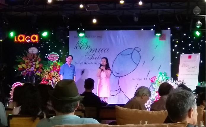 Thi sĩ ở Đà Nẵng mang thơ đến với độc giả Thủ đô trong những ngày thu Hà Nội